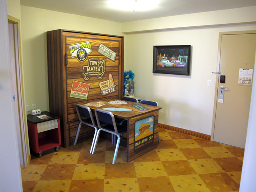 Suite Cars Art of Animation Resort