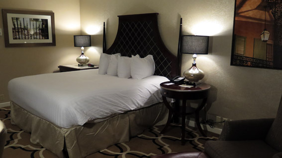 Intercontinental New Orleans suite