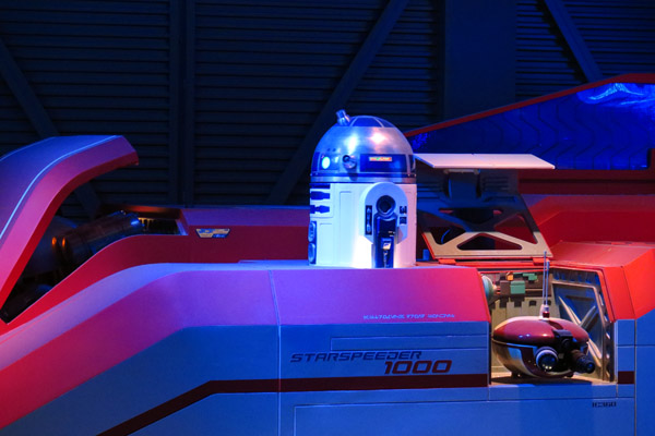 Disneyland Paris robo Star Wars