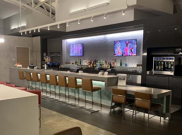 Admirals club Los Angeles